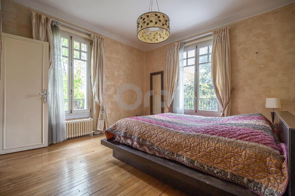 Maison à vendre 10 280m2 à La Varenne - Saint-Maur-des-Fossés vignette-5