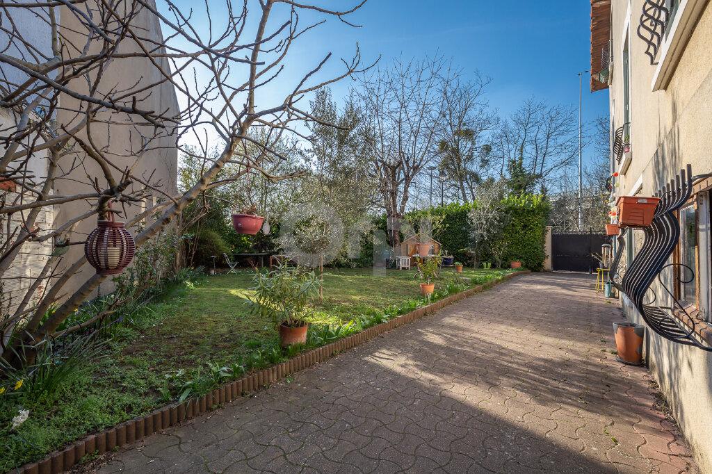 Maison à vendre 5 108.14m2 à Joinville-le-Pont vignette-1