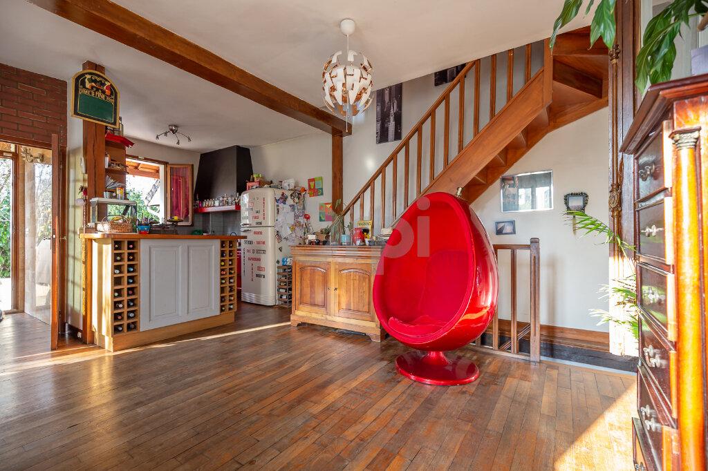 Maison à vendre 5 108.14m2 à Joinville-le-Pont vignette-2