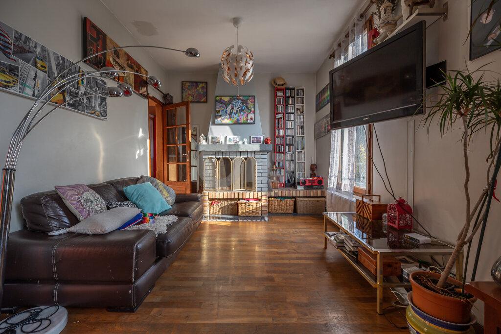 Maison à vendre 5 108.14m2 à Joinville-le-Pont vignette-4