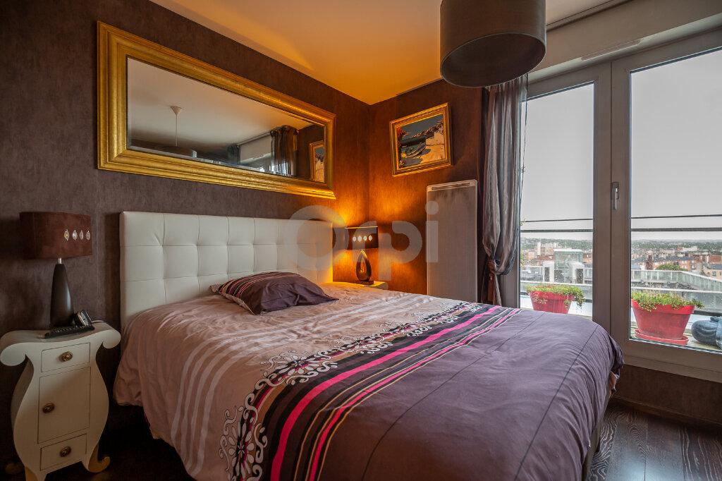 Appartement à vendre 3 81.27m2 à Joinville-le-Pont vignette-9