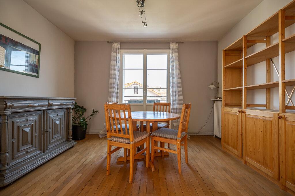 Appartement à louer 4 75m2 à Joinville-le-Pont vignette-2