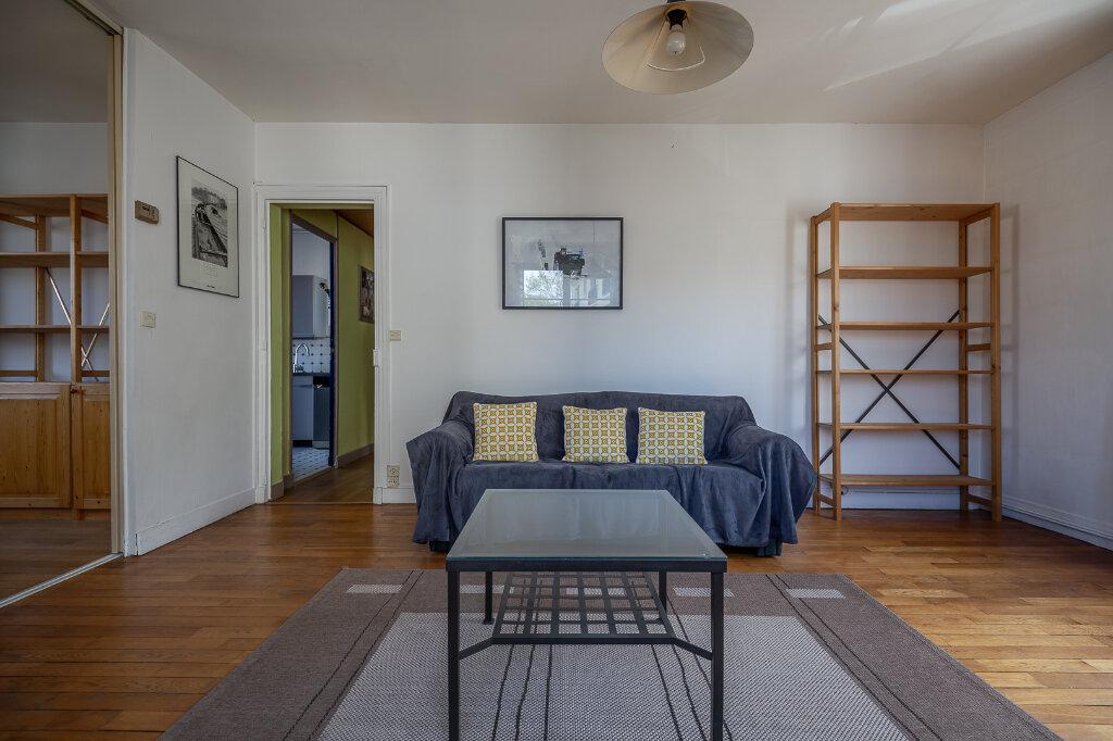 Appartement à louer 4 75m2 à Joinville-le-Pont vignette-5
