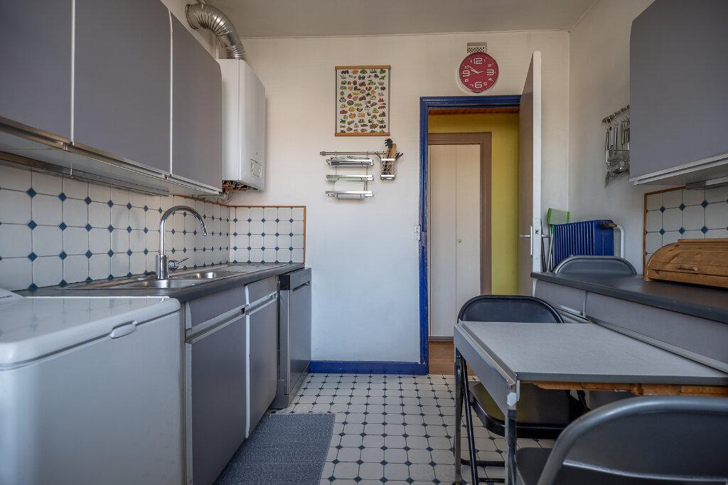 Appartement à louer 4 75m2 à Joinville-le-Pont vignette-10