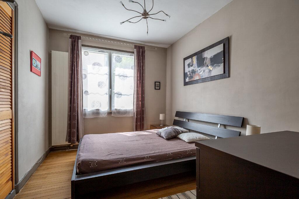 Appartement à louer 4 75m2 à Joinville-le-Pont vignette-14