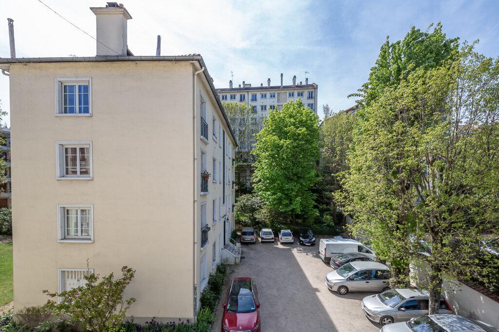 Appartement à louer 4 75m2 à Joinville-le-Pont vignette-15
