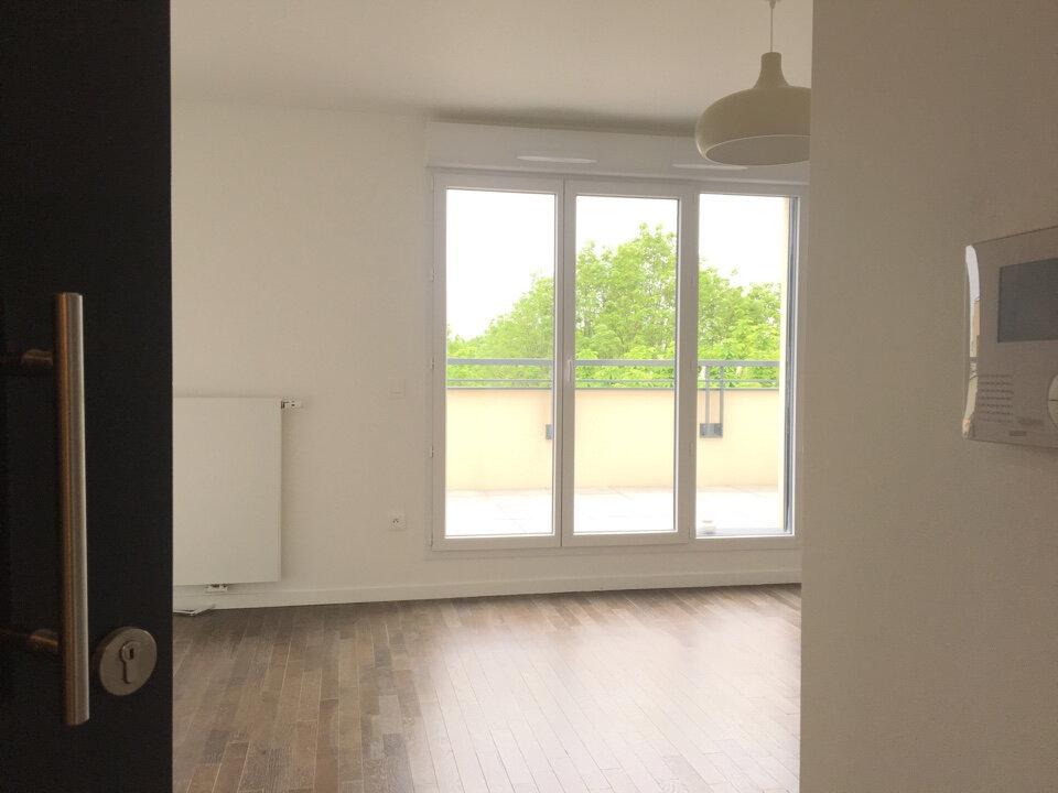 Appartement à louer 1 28.71m2 à Joinville-le-Pont vignette-1