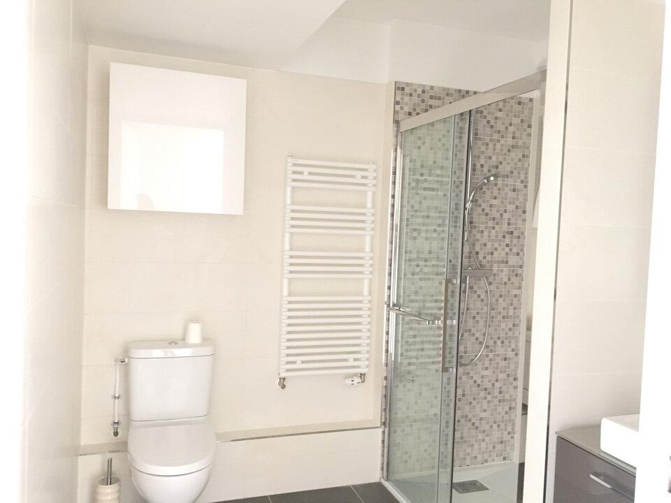 Appartement à louer 1 28.71m2 à Joinville-le-Pont vignette-2