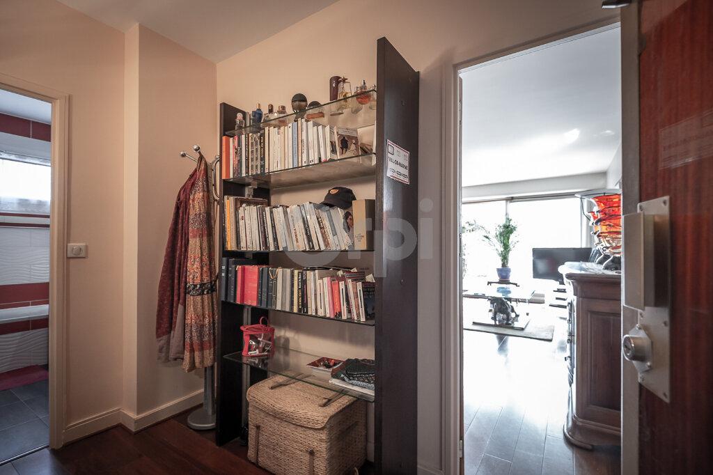 Appartement à vendre 2 63m2 à Saint-Maurice vignette-2