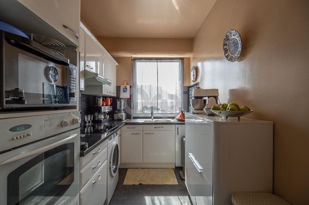 Appartement à vendre 2 63m2 à Saint-Maurice vignette-4
