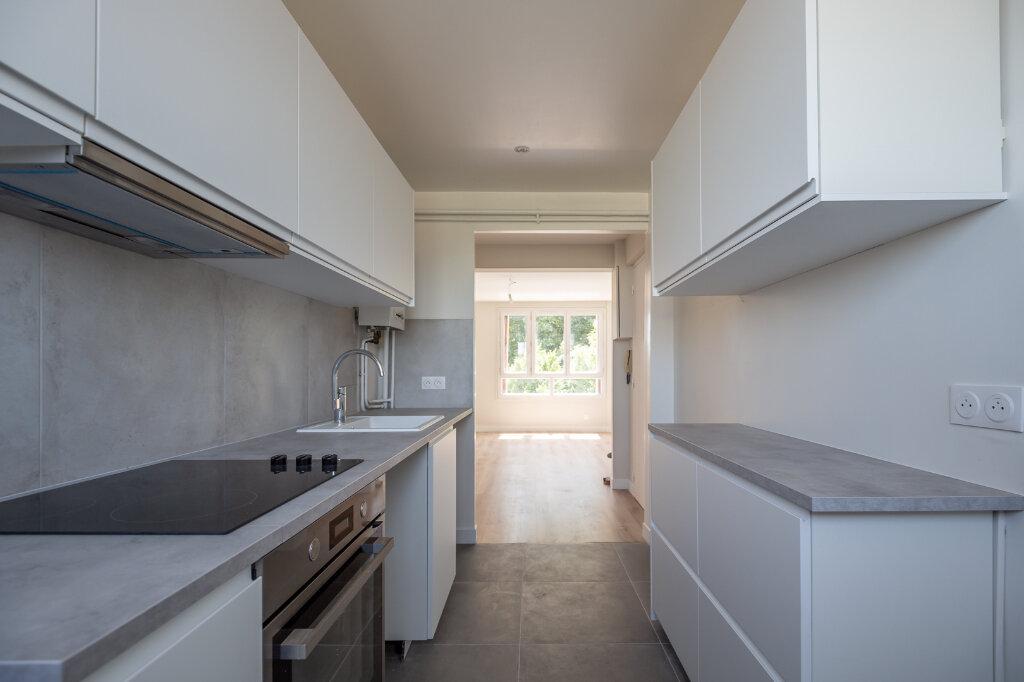 Appartement à louer 4 72m2 à Champigny-sur-Marne vignette-9