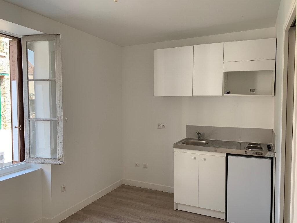 Appartement à louer 1 16.5m2 à Champigny-sur-Marne vignette-1