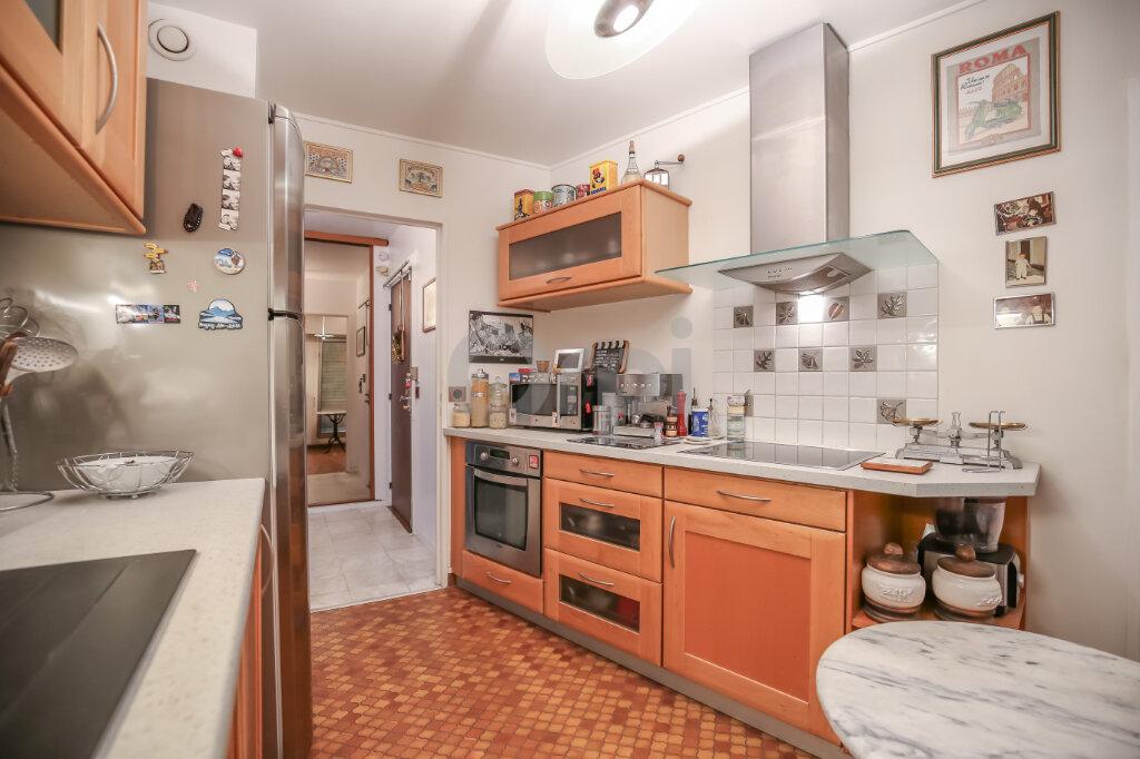 Appartement à vendre 4 84.63m2 à Saint-Maurice vignette-4