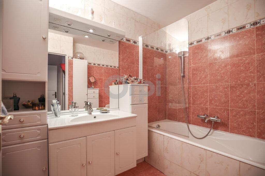 Appartement à vendre 4 84.63m2 à Saint-Maurice vignette-6