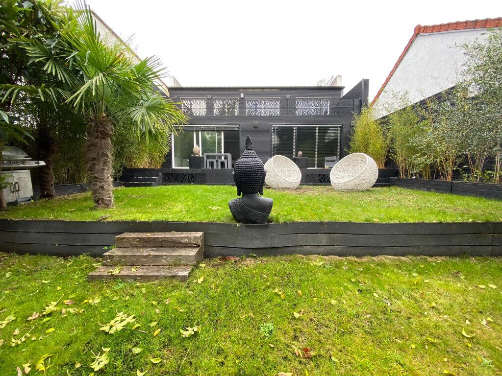 Maison à vendre 8 175m2 à Joinville-le-Pont vignette-3