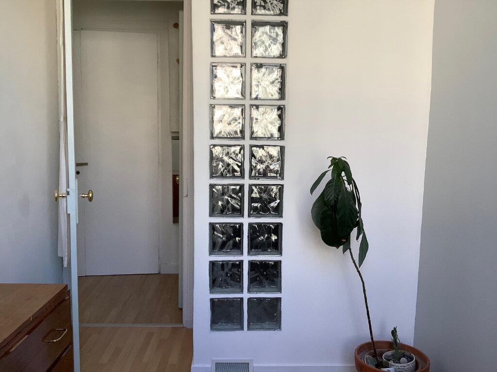 Appartement à louer 3 44.56m2 à Joinville-le-Pont vignette-12