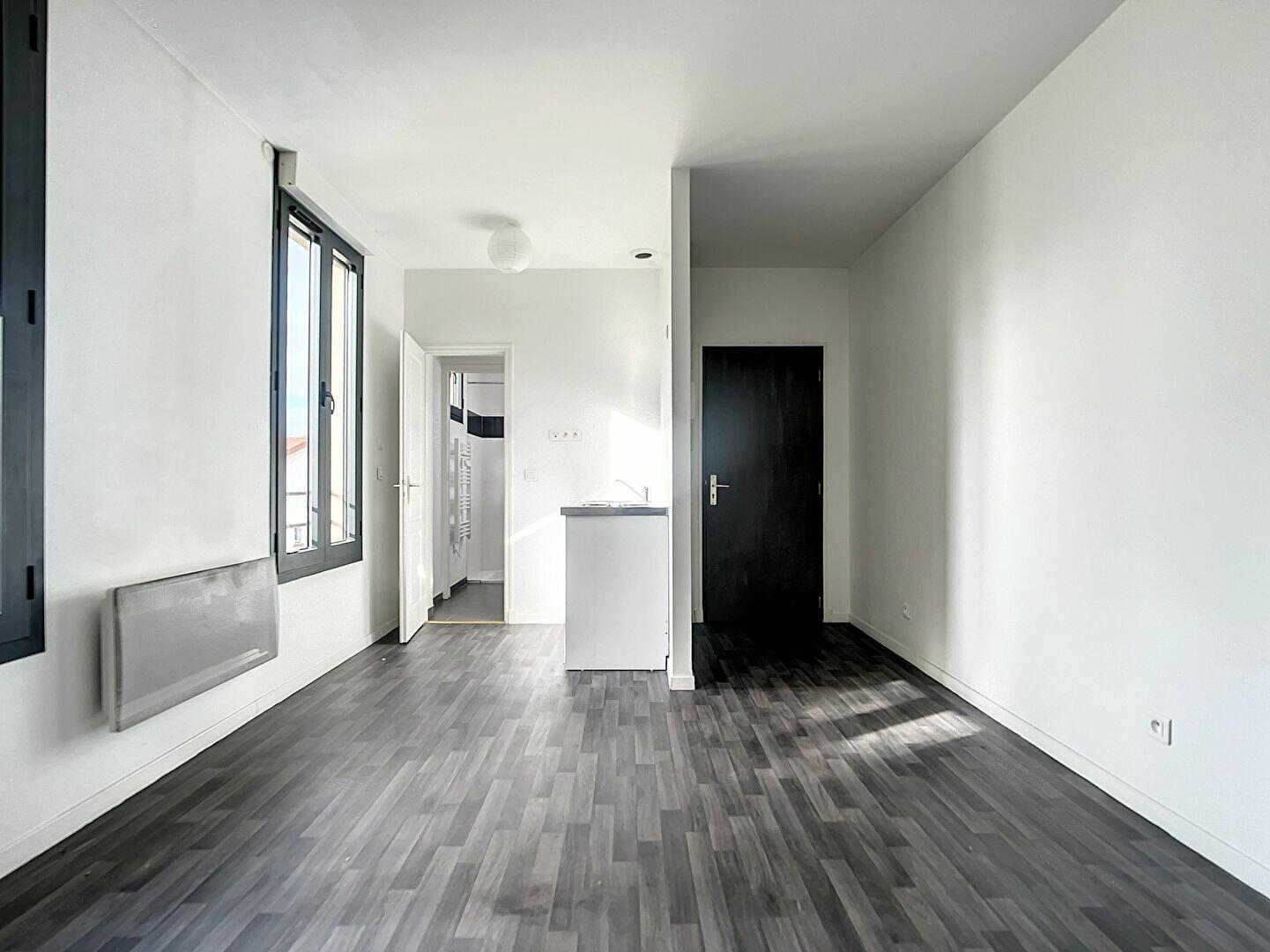 Appartement à louer 1 19.4m2 à Joinville-le-Pont vignette-1