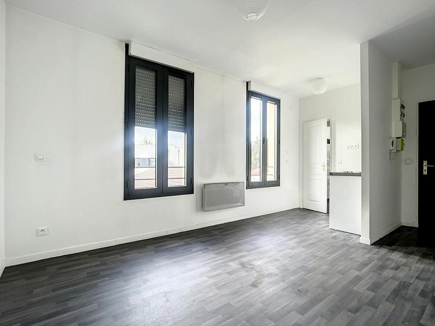 Appartement à louer 1 19.4m2 à Joinville-le-Pont vignette-2