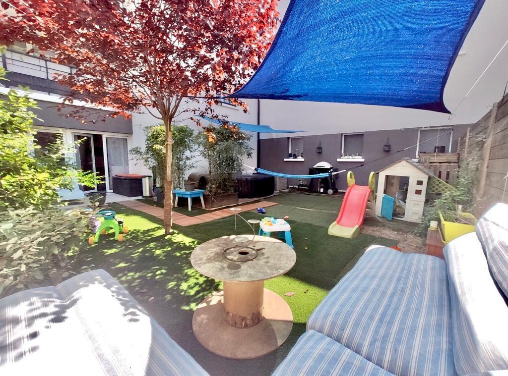 Appartement à vendre 3 72.81m2 à Joinville-le-Pont vignette-2