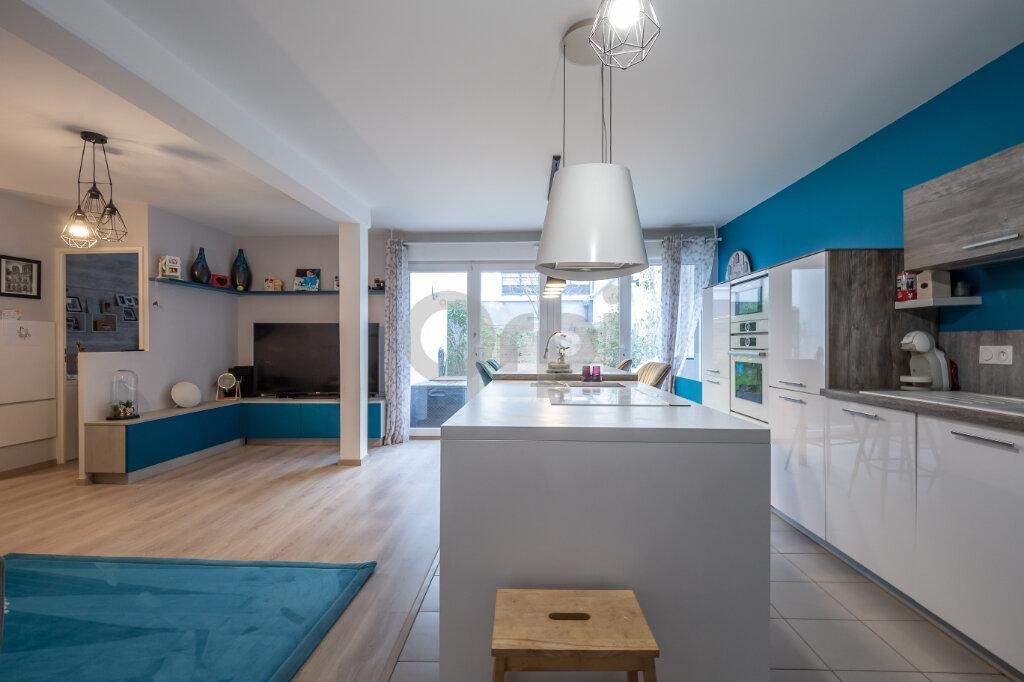 Appartement à vendre 3 72.81m2 à Joinville-le-Pont vignette-4