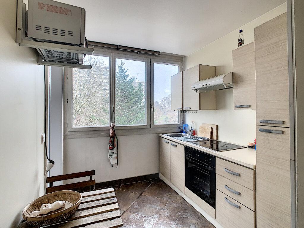 Appartement à louer 2 40.62m2 à Créteil vignette-4