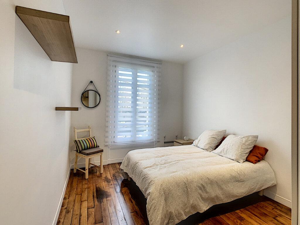 Appartement à louer 2 33.72m2 à Saint-Maur-des-Fossés vignette-3