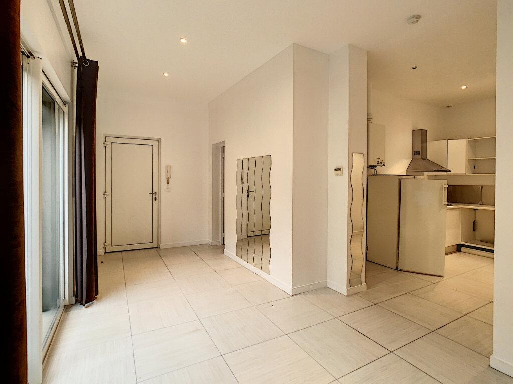 Appartement à louer 2 44.8m2 à Joinville-le-Pont vignette-2