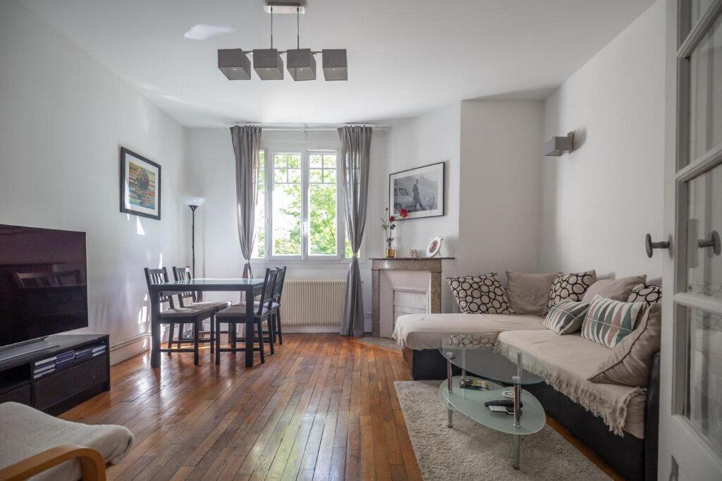Appartement à vendre 3 53m2 à Joinville-le-Pont vignette-2