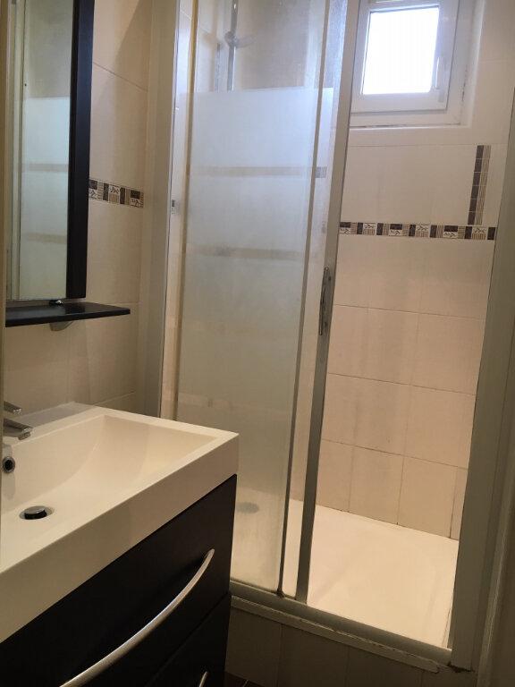Appartement à louer 2 40.45m2 à Saint-Maur-des-Fossés vignette-3