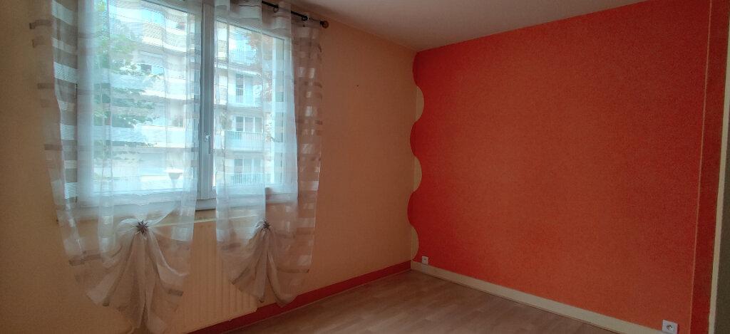Appartement à louer 3 54.94m2 à Saint-Maur-des-Fossés vignette-5