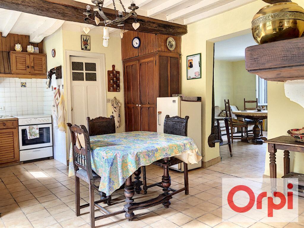Maison à vendre 6 111m2 à Cormeilles vignette-2