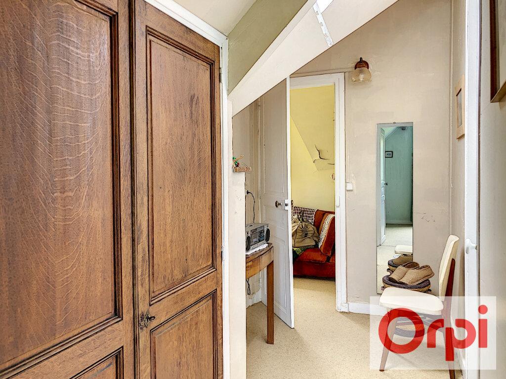 Maison à vendre 6 111m2 à Cormeilles vignette-7
