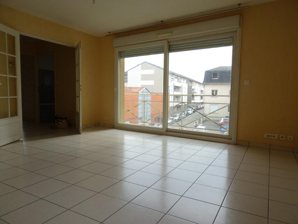 Appartement à louer 2 55m2 à Limoges vignette-7