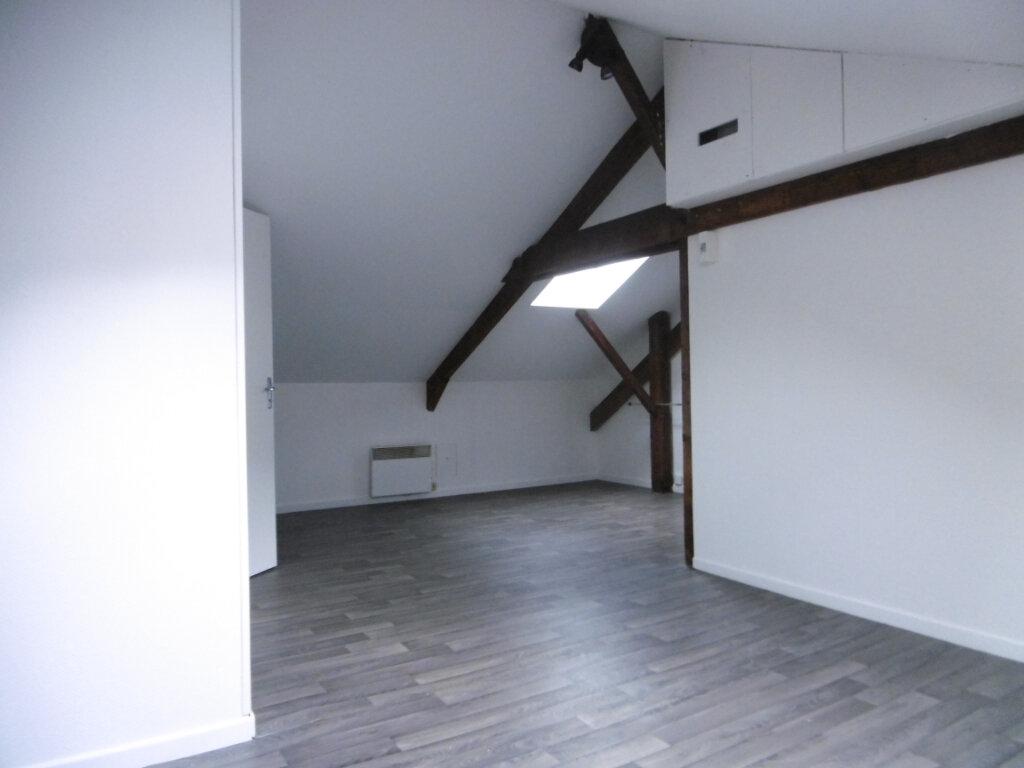 Appartement à louer 2 36m2 à Limoges vignette-2