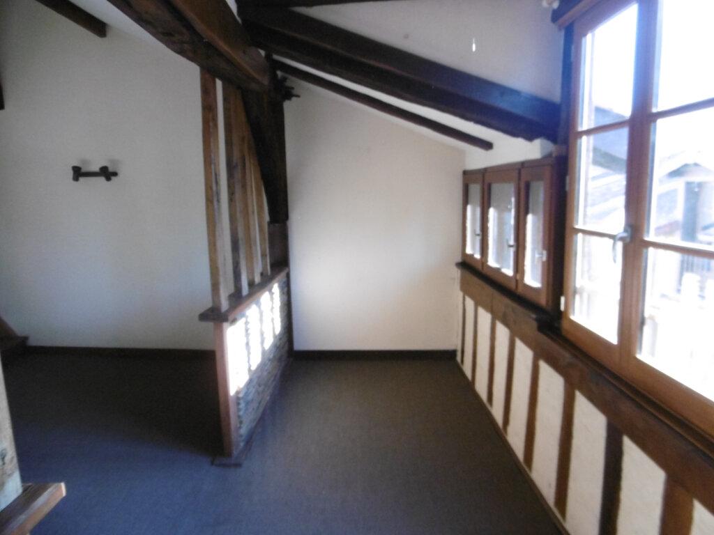 Appartement à louer 2 82m2 à Limoges vignette-2