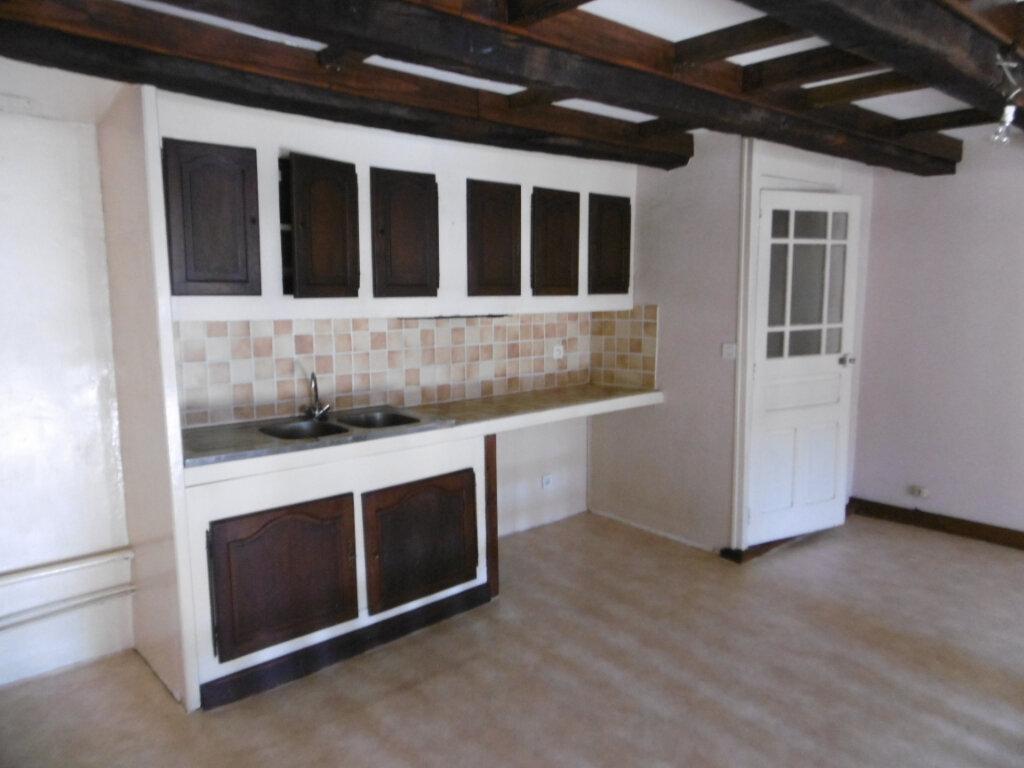 Appartement à louer 2 82m2 à Limoges vignette-3