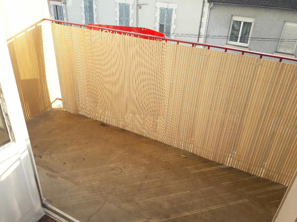 Appartement à louer 3 58m2 à Limoges vignette-6
