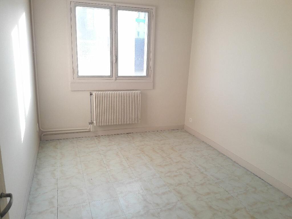 Appartement à louer 3 58m2 à Limoges vignette-7