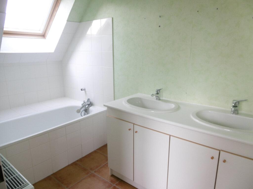 Maison à louer 7 165m2 à Condat-sur-Vienne vignette-4