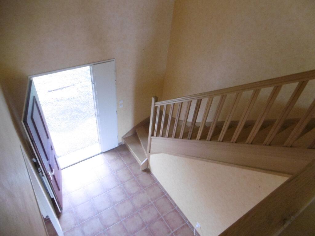 Maison à louer 7 165m2 à Condat-sur-Vienne vignette-12