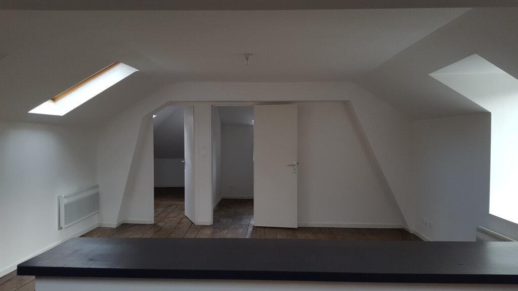 Appartement à louer 4 91m2 à Saint-Junien vignette-1