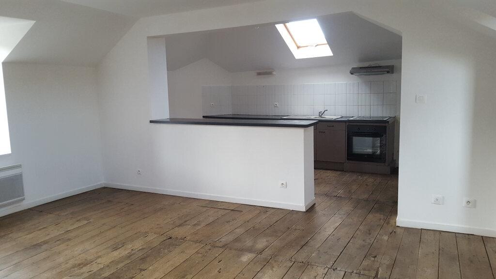 Appartement à louer 4 91m2 à Saint-Junien vignette-6