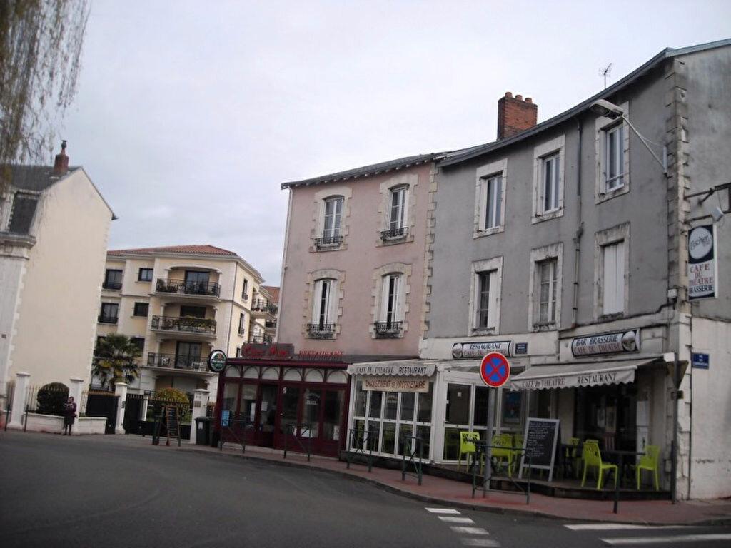 Appartement à louer 1 21.9m2 à Limoges vignette-2