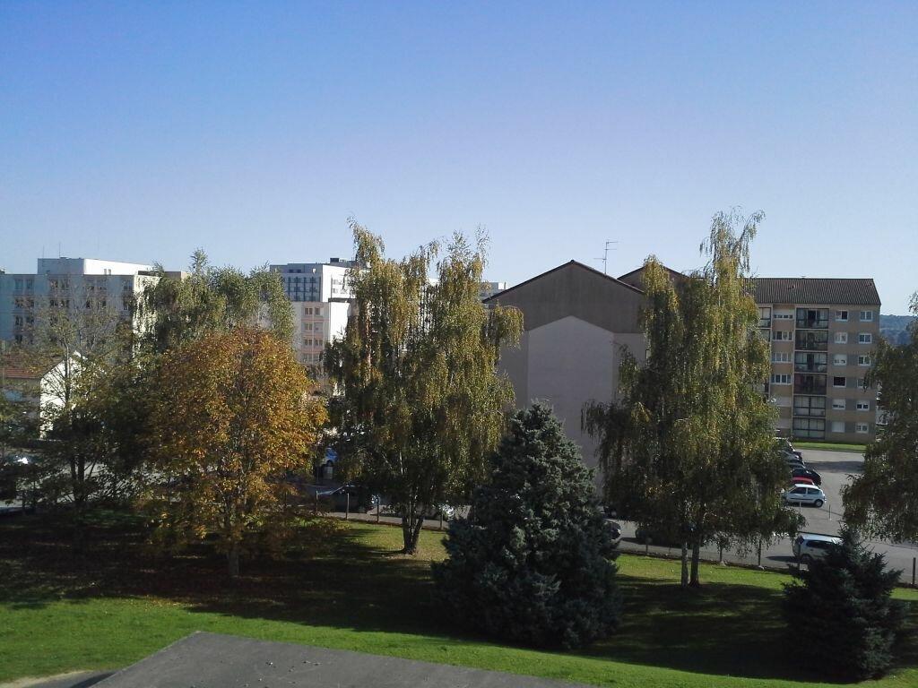 Appartement à louer 4 58.69m2 à Isle vignette-5