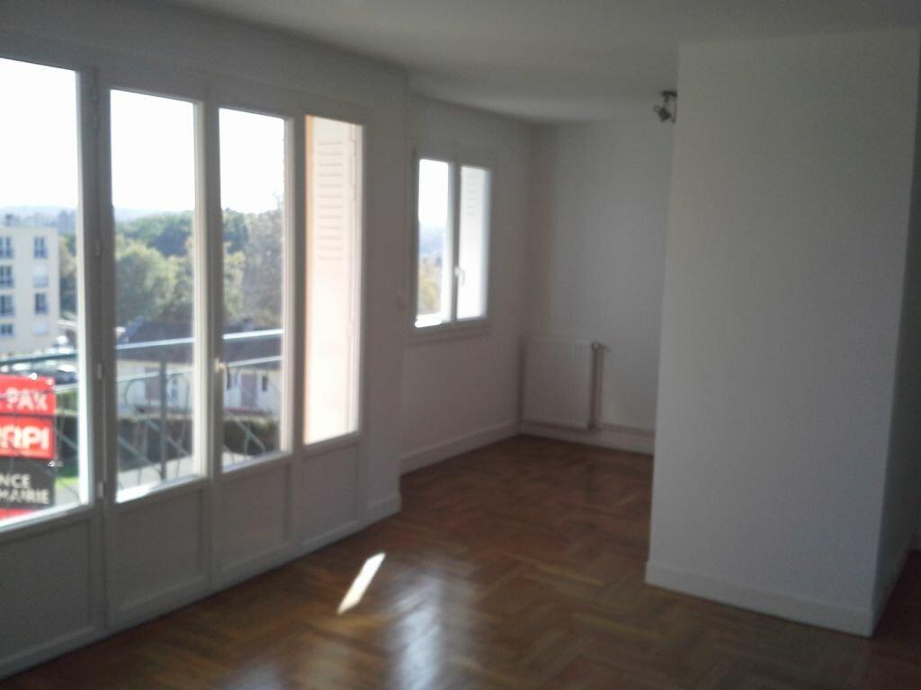 Appartement à louer 4 58.69m2 à Isle vignette-6
