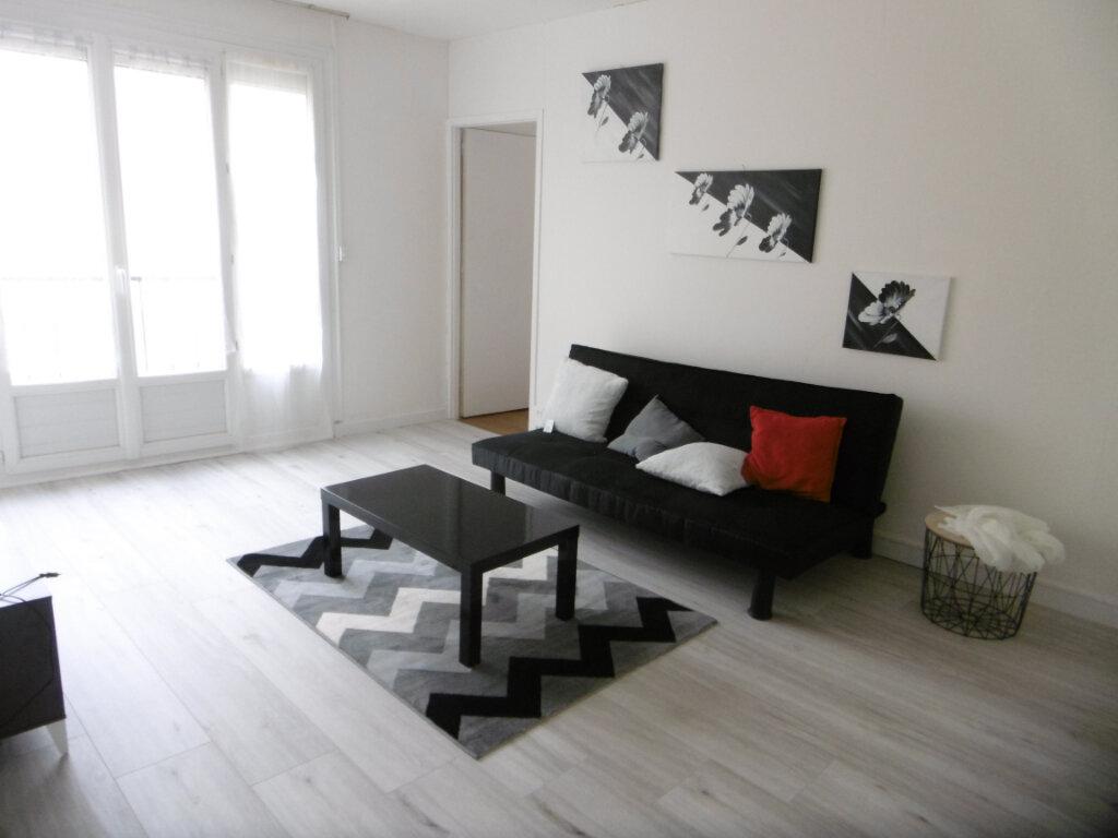 Appartement à louer 2 41m2 à Limoges vignette-4