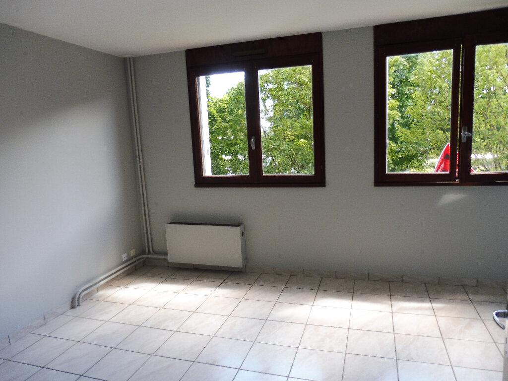Appartement à louer 1 19.87m2 à Limoges vignette-2