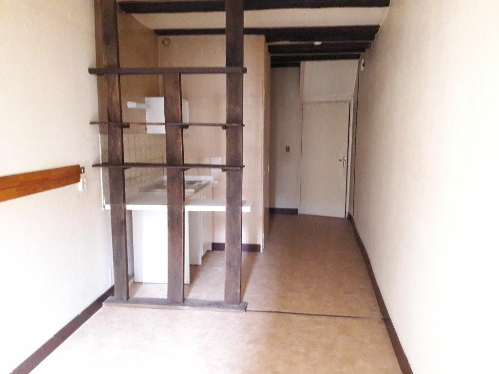 Appartement à louer 1 22.53m2 à Limoges vignette-1