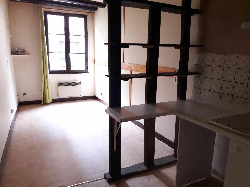Appartement à louer 1 22.53m2 à Limoges vignette-3