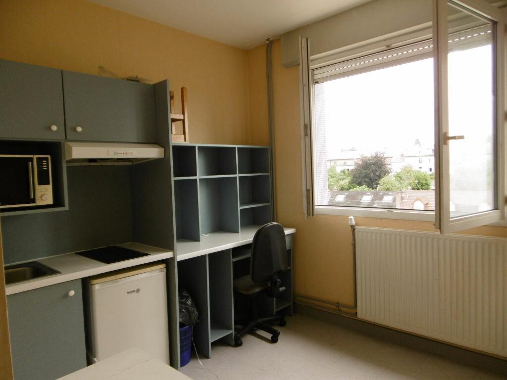 Appartement à louer 1 19m2 à Limoges vignette-2